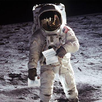 Neil_Armstrong_360.jpg
